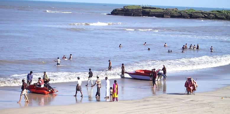 Nagoa-Beach