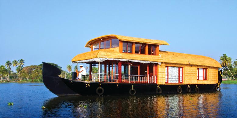 Kumarakom, Houseboat