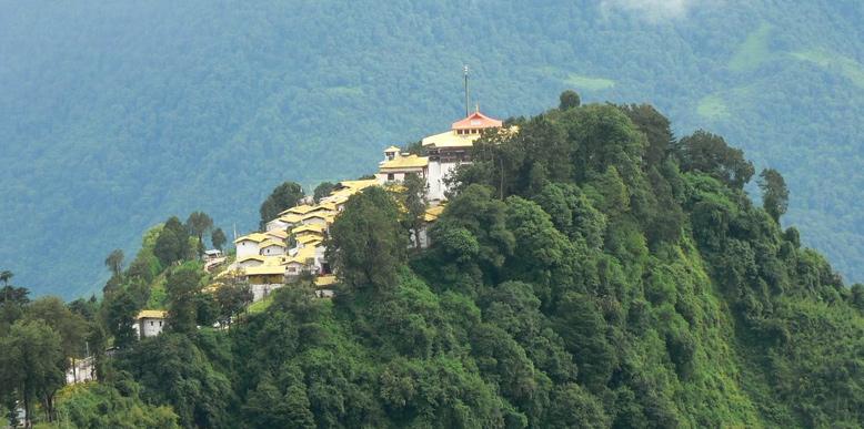 tawang-hills