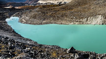 Dzongri Trekking Tour
