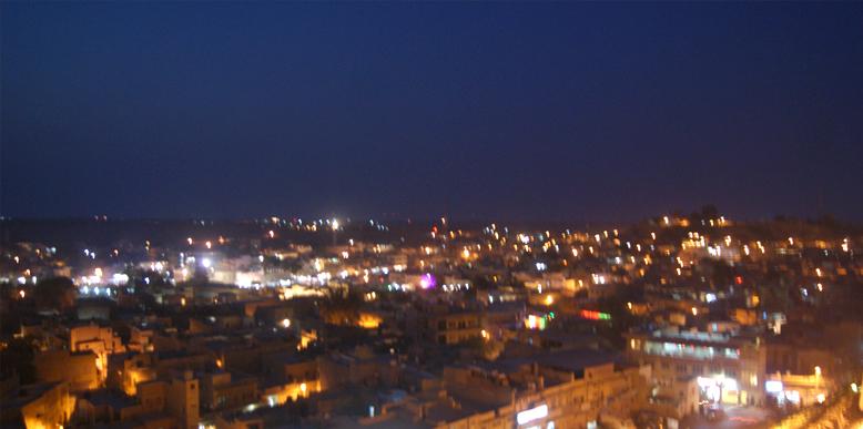 Jaisalmer-city-at-night