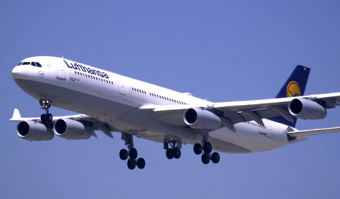 Top 20 international flights for india tour my india for Lufthansa direct flights to germany