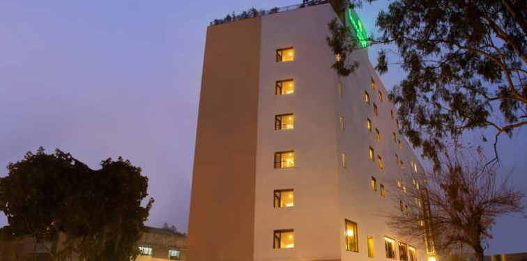 hotel-lemontree-chandigarh