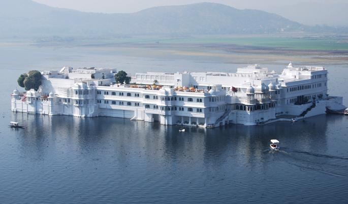 lake-palace-Udaipur