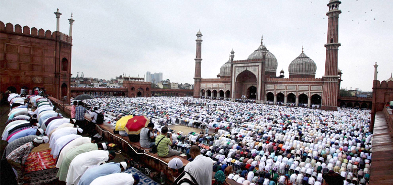 Prayer at Jama Masjid during Eid