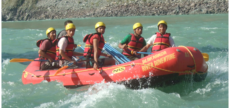 White Water River Rafting in Rishkiesh