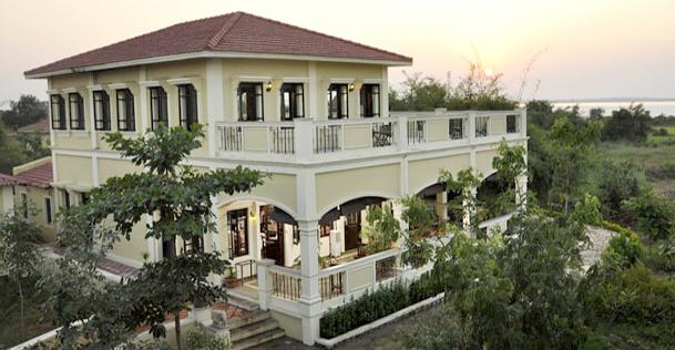 Irai Safari Retreat Resort