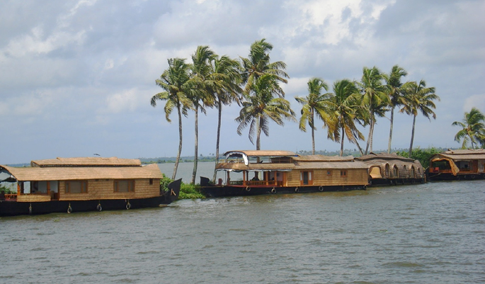 kerala-backwater-monsson