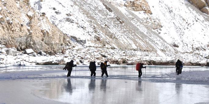 Frozen-River-Trek