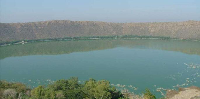 lonar_crater-Maharashtra