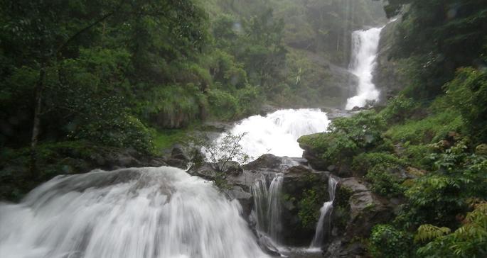 Iruppu-falls