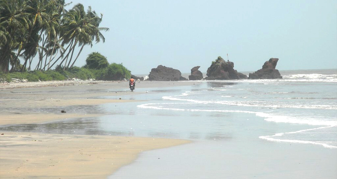 Muzhappilangad-beach