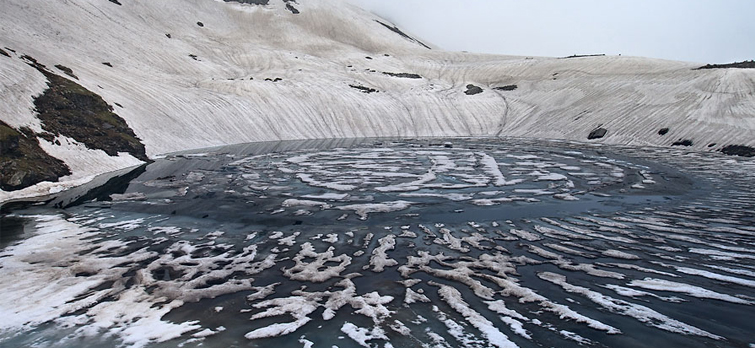 bhrigu-lake