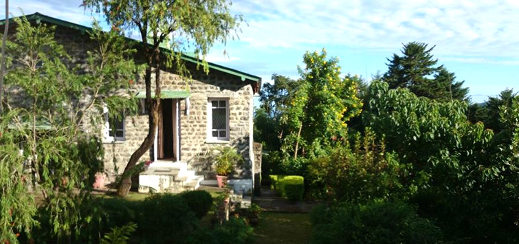 james-cook-s-cabins