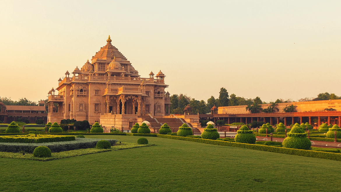 15 Most Popular Tourist Places & Attractions in and Around Ahmedabad, Gujarat