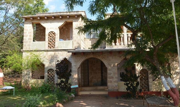 Maneland Jungle Lodge, Gir