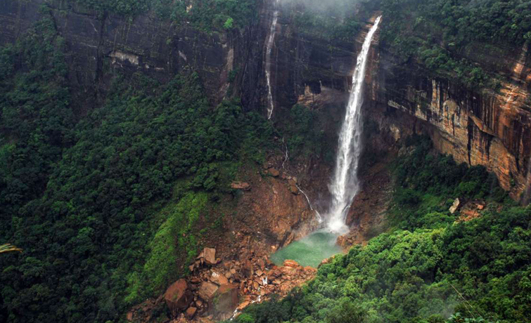 Nohkalikai Falls Cherrapunjee