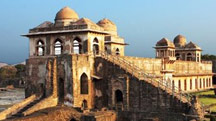 Short Escape Mandu Tour