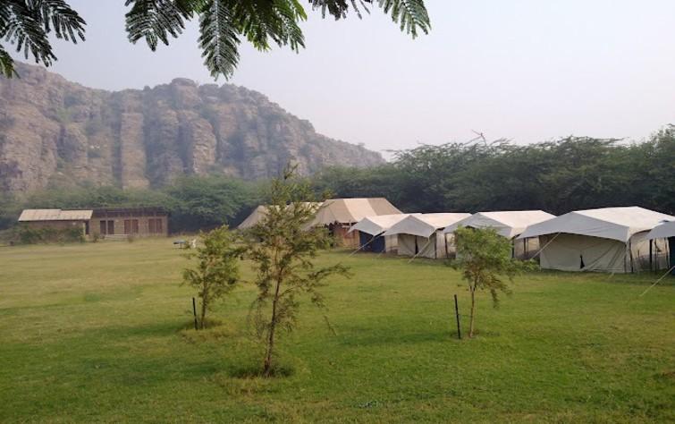 Dhauj Camps, near Delhi