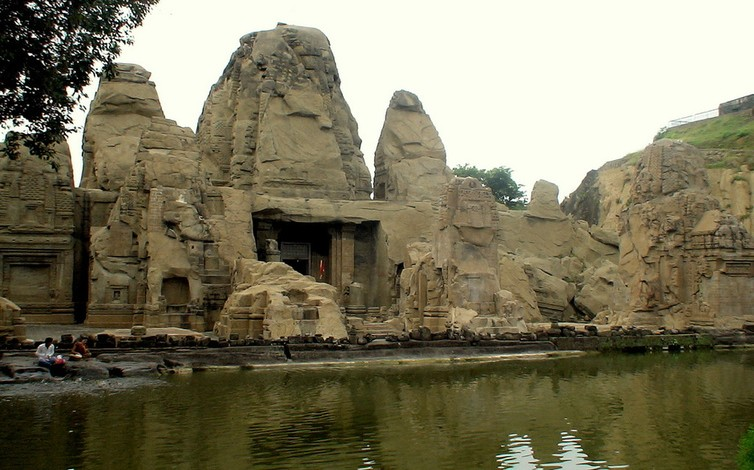 Masroor Rock Temple