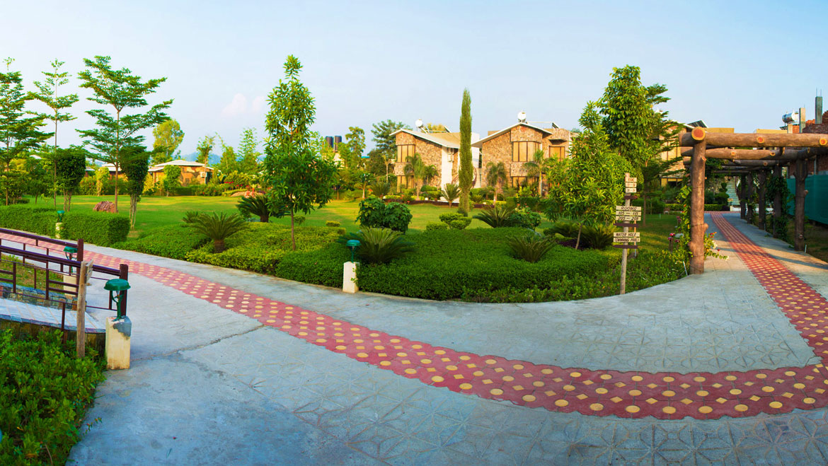 Top 11 Mid-Range Hotels in Corbett that are No Less than a 5 Star