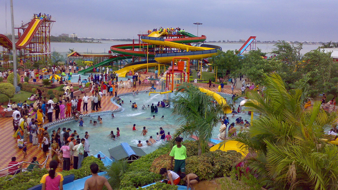 Best 17 Water Parks in India to Kill the Summer Beast