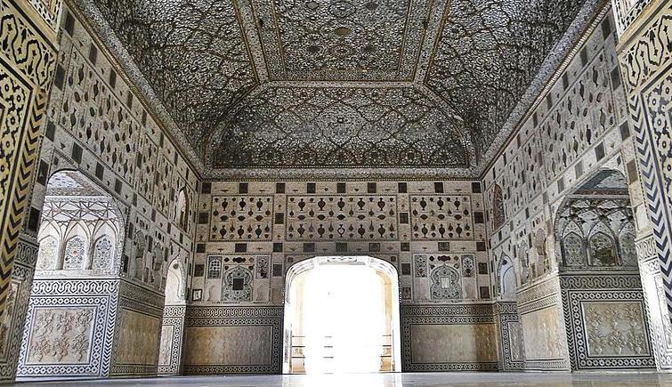 Sheesh-Mahal-Amer-Fort