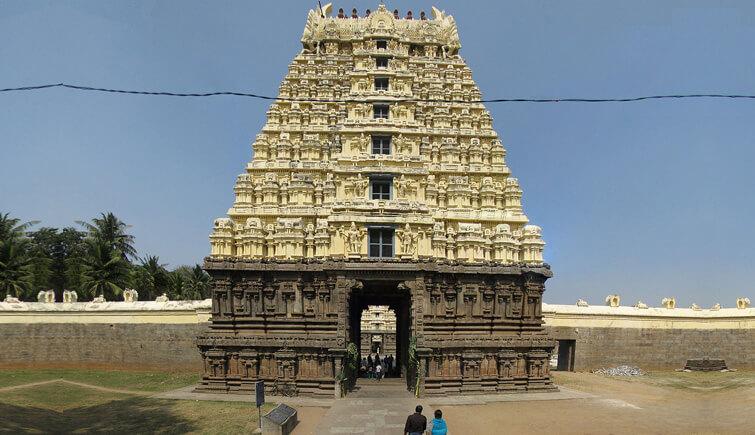 Jalagandeeswarar Temple Yelagiri