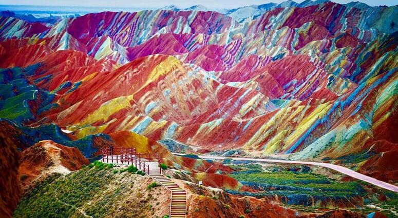 Rainbow-Mountain-China