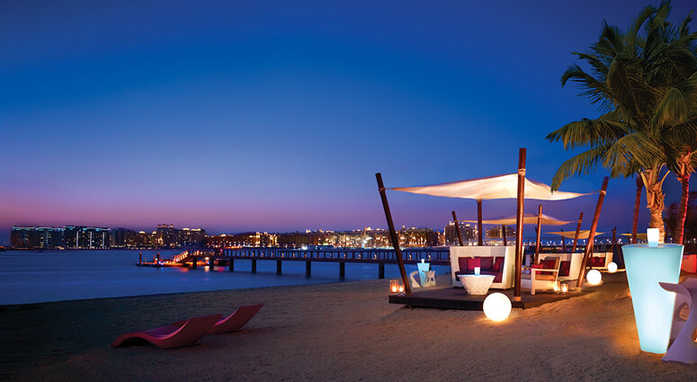 Romantic Beach Dinner at Abu Dhabi