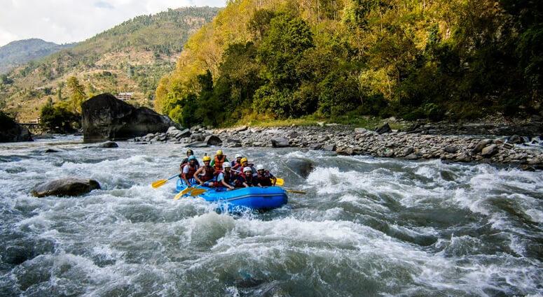 White-Water-Rafting-in-Nepal