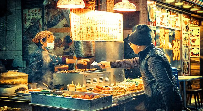 Delectable Street Food in Hong Kong