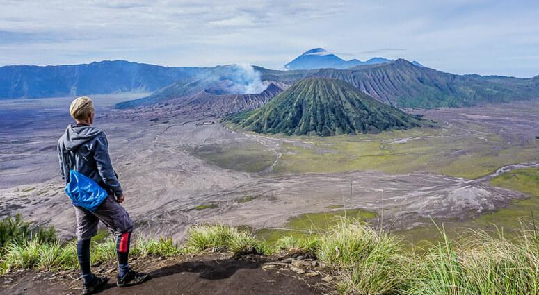 Mt.-Bromo-Climbing