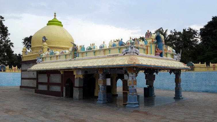 Nayakanahatti Temple