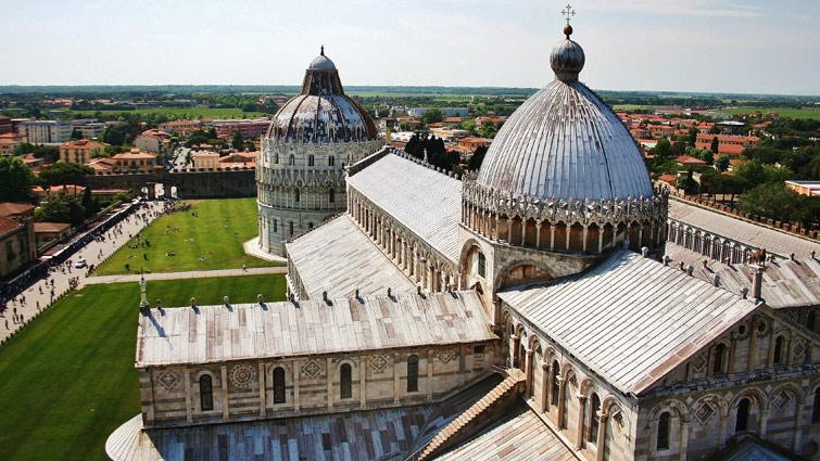 Piazza del Duomo, Pisa Italy