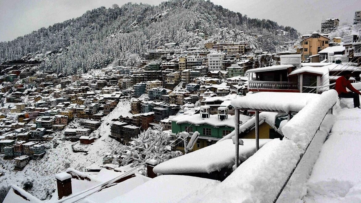 Snowfall in Himachal Leads to Improvement in Delhi's Air