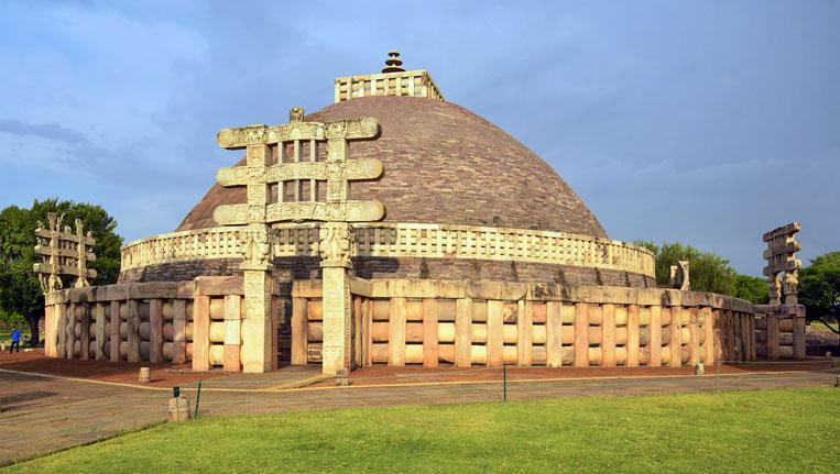 Buddhist-Monuments-at-Sanchi
