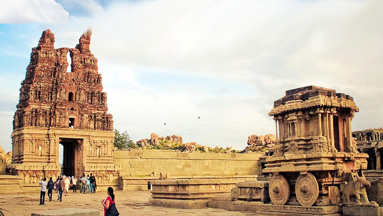 Group-of-Monuments-at-Hampi