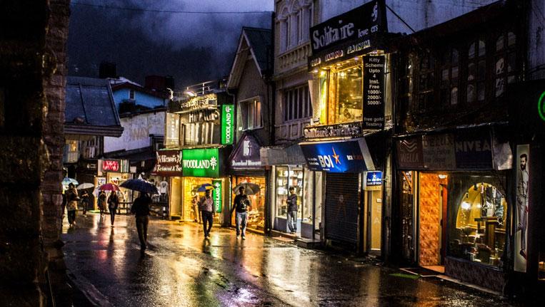 Popular Mall Road of Shimla