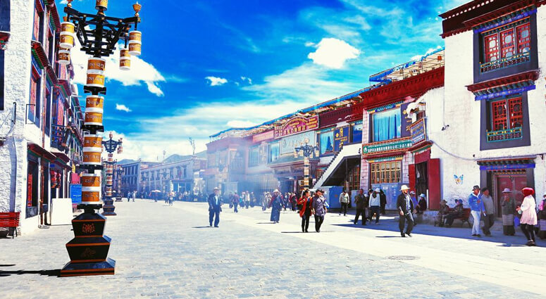 Barkhor Street in Tibet