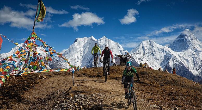 Mountain Biking on Himalayas