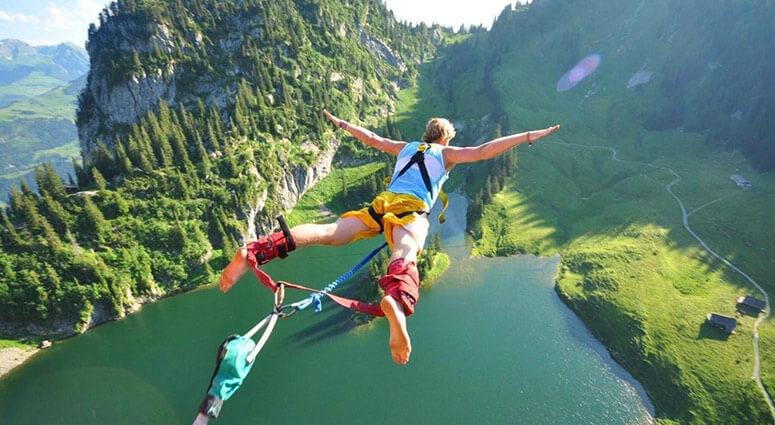 bungee jumping, new zealand