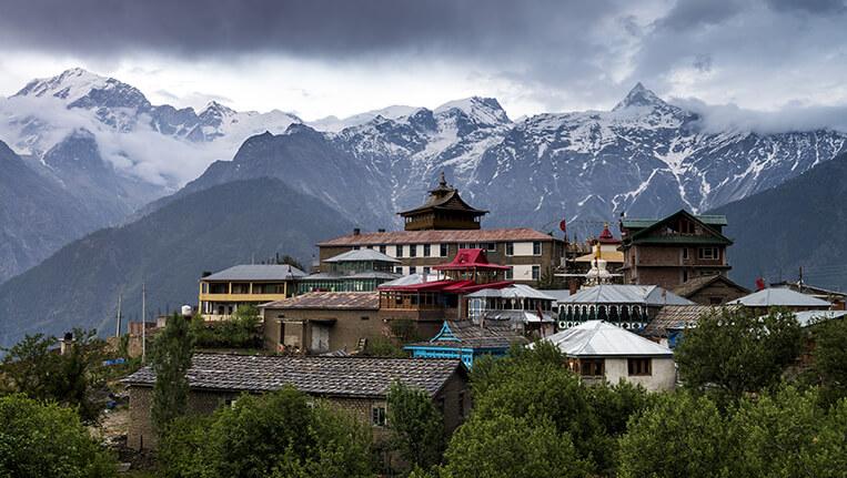 Breathtaking scenery view of Kalpa region of Kinnaur Kailash