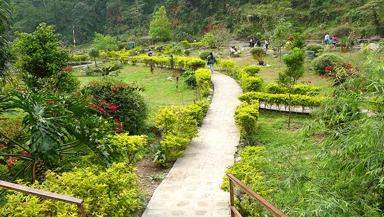 Tourists touring in Rimbi Rock-Garden on Yuksom