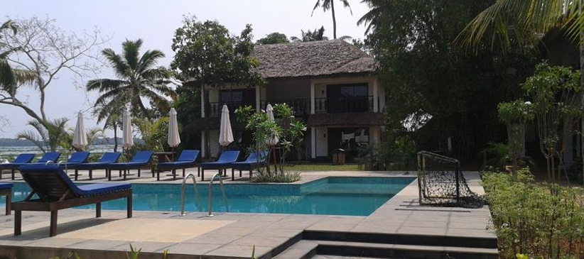 Deshadan Backwater Resort Alleppey Kerala