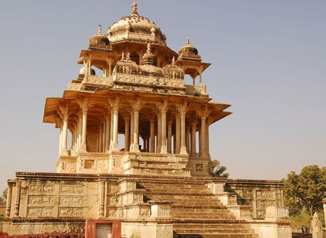 84 Pillared Cenotaph, Bundi