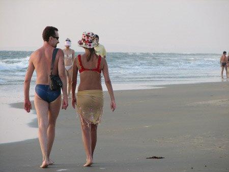 Anjuna Beach Goa Tour Amp Travel Guide To Anjuna Beach