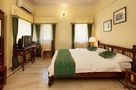 Udaipur Hotels 3 Star Aaram Baagh, Ud...
