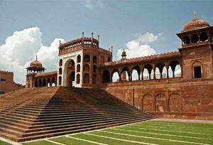 The tajul masjid bhopal tourist guide holiday travel.