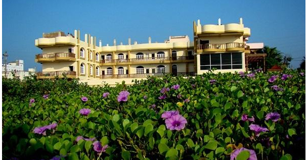 hotel-sea-palace-puri